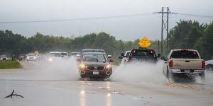 Teksas'taki Kasırga: Ölü Sayısı 60'a Yükseldi