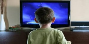 """""""0-3 Yaş Grubu Çocukları Ekranla Tanıştırmayın"""""""