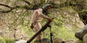 Afganistan'da Taliban ile IŞİD Çatıştı
