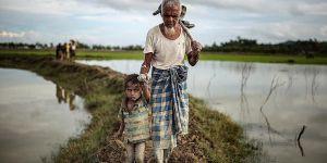 """""""Arakan'dan Bangladeş'e Geçenlerin Sayısı 313 Bini Buldu"""""""