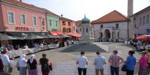 Bosnalı Anneler Arakanlılar İçin Yürüdü