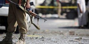 Somali'de Canlı Bomba Saldırısı: 3 Ölü