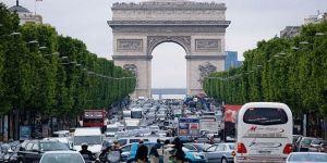 Fransa'dan ABD'ye 'Göçmen' Tepkisi