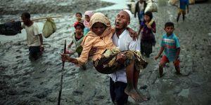 """""""Bangladeş'e Geçen Arakanlıların Sayısı 370 Bine Ulaştı"""""""