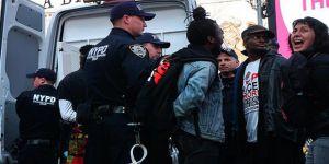 ABD'deki Gösteride 80 Kişi Gözaltına Alındı