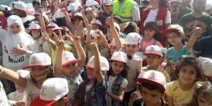 200 Suriyeli Aile Gezi Etkinliğinde Buluştu