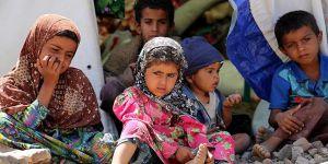 """""""Yemenli Çocukları Kasvetli Bir Gelecek Bekliyor"""""""