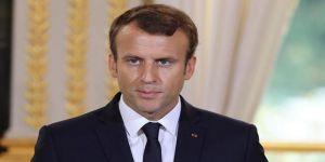 Macron'a 'Esed'in Şeref Nişanını Geri Al' Çağrısı