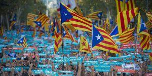 Barselona'da Bağımsızlık Yanlısı Büyük Gösteri!