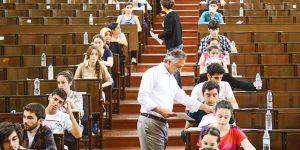 Sınavları Tamamen Kaldırmak mı Her Şeyi Çözecek?