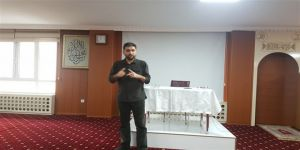 """""""Müslüman Gençler Yanlışlara İtiraz Etmeli"""""""