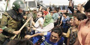 Uygur Müslümanlarına Zulüm Bitmiyor!