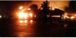 Endonezya'da Polis Karakoluna Saldırı