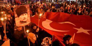 AK Parti'nin Atatürk Hamlesi