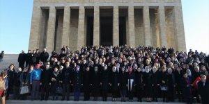 Ancak 2013'te Seçilme Hakkı Kazananların Anıtkabir Ziyareti