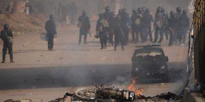 """Pakistan'da """"Kadiyanilik"""" Karşıtı Protestolar Sürüyor"""