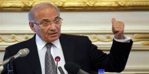 Mübarek Döneminin Son Başbakanı Şefik Cumhurbaşkanlığına Aday