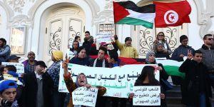 Tunus'ta Protesto: İsrail ile İlişkiler Suç Kapsamına Alınsın