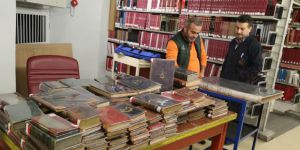 İstanbul Üniversitesi'nin Çöpe Atılan Kitapları Araştırmacıların Hizmetinde