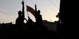 İran'daki Gösterilerde 1'i Polis 6 Kişi Hayatını Kaybetti