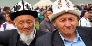 Kırgızistan'da Ak-Kalpak Takma Zorunluluğu Geliyor