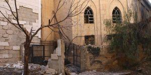 Esed'in Askerleri Hıristiyan Mezarlığını Yağmaladı
