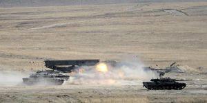 TSK'dan Afrin'deki YPG Hedeflerine Topçu Atışı