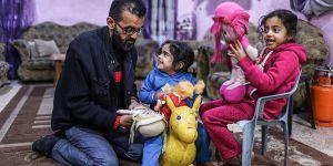 MS Hastalığına Yakalanan Gazzeli Abdullatif Yardım Bekliyor!