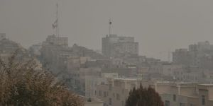 Tahran'da Hava Kirliliği Sebebiyle Okullar Tatil Edildi