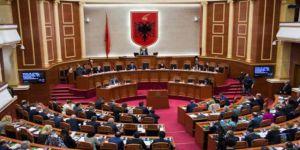 Arnavutluk Meclisinde Kudüs Tartışması