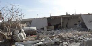 Rusya ve Esed Rejimi İdlib'i Katlediyor: 15 Ölü
