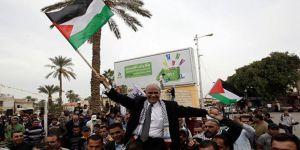İşgalci İsrail, Filistin'i Destekleyen 7 STK'yı Kapattı
