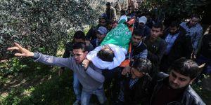 Gazze 19 Yaşındaki Şehidini Toprağa Verdi!