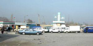 """Özbek-Tacik Sınırındaki """"Kerimov Duvarı"""" Yıkıldı"""