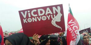 """Vicdan Konvoyu Hatay'da: """"Biz Seni Duyduk Suriyeli Kardeşim"""""""