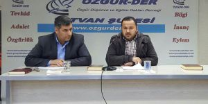 """Tatvan Özgür-Der'de """"Saidi Nursi ve Nurculuk"""" Konuşuldu"""