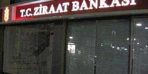 Yunanistan'da Ziraat Bankası Şubesine Saldırı!