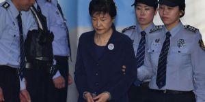 Güney Kore'nin Eski Cumhurbaşkanına 24 Yıl Hapis Cezası