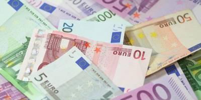 İran'da Bankacılık Dışında Döviz Transferi Yasaklandı