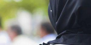 Fransa, Tokalaşmayı Reddeden Kadının Vatandaşlığını İptal Etti