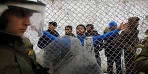Midilli'de Afgan Sığınmacılara Saldırı