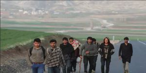 'Dünyada Yaklaşık 6 Milyon Afgan Mülteci Bulunuyor'