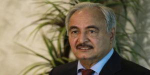 Öldüğü İddia Edilen Darbeci General Hafter Libya'ya Döndü