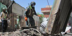 Afganistan'da Camiye Saldırı: 10 Ölü, 34 Yaralı