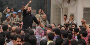 El-Bab'da Halk Soyguncu Grupların Cezalandırılması İçin Sokaklara Döküldü