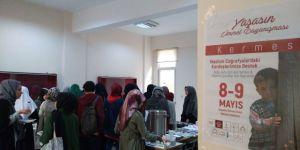 Üniversiteli Gençler Guta ve Filistinli Çocuklar İçin Kermes Düzenledi