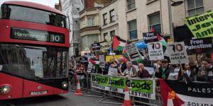 Hollanda ve İngiltere'de 'Nekbe' Protestosu