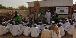 İHH'dan Sudan'daki Yetimlere Destek