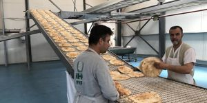 İHH'dan Suriyelilere Günde Yaklaşık 750 Bin Ekmek
