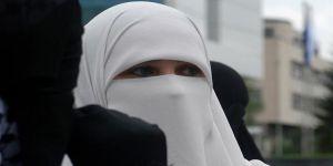 Danimarka Parlamentosu'ndan Burka ve Peçe Yasağına Onay
